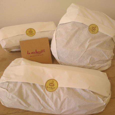 envoi-postal-expédition-colis-pain-levain-farine-bio-meule